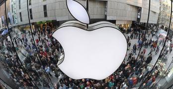 Azioni Apple, conviene acquistare?