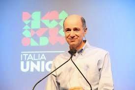 Passera e Italia Unica: 150 porte di una casa vuota