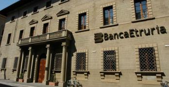 Banca dell'Etruria e del Lazio: azionisti asfaltati, i nostri dubbi sull'intera vicenda